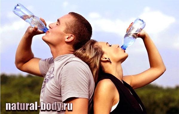 Сколько нужно воды в день при занятиях спортом?